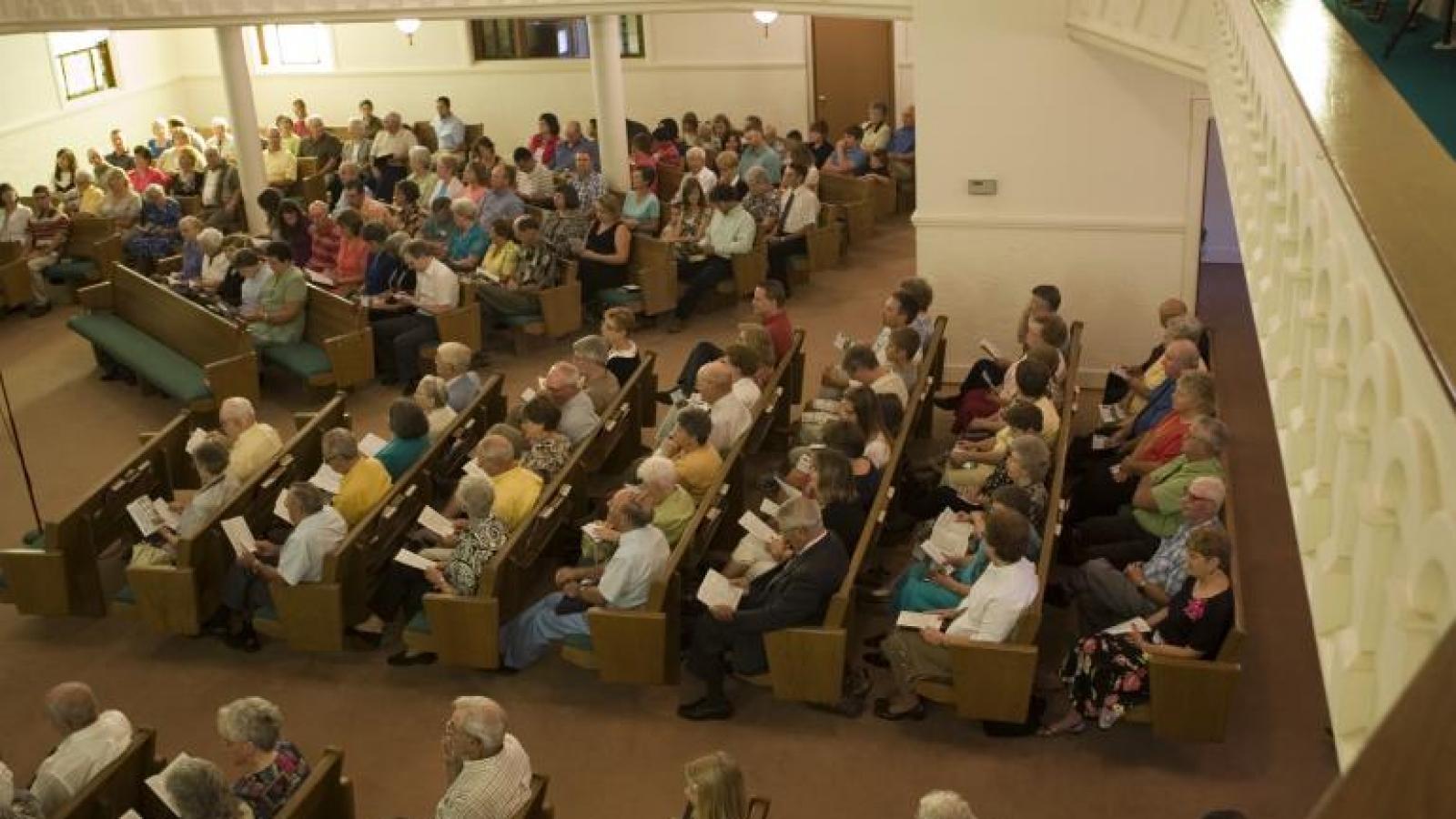congregation4.jpg